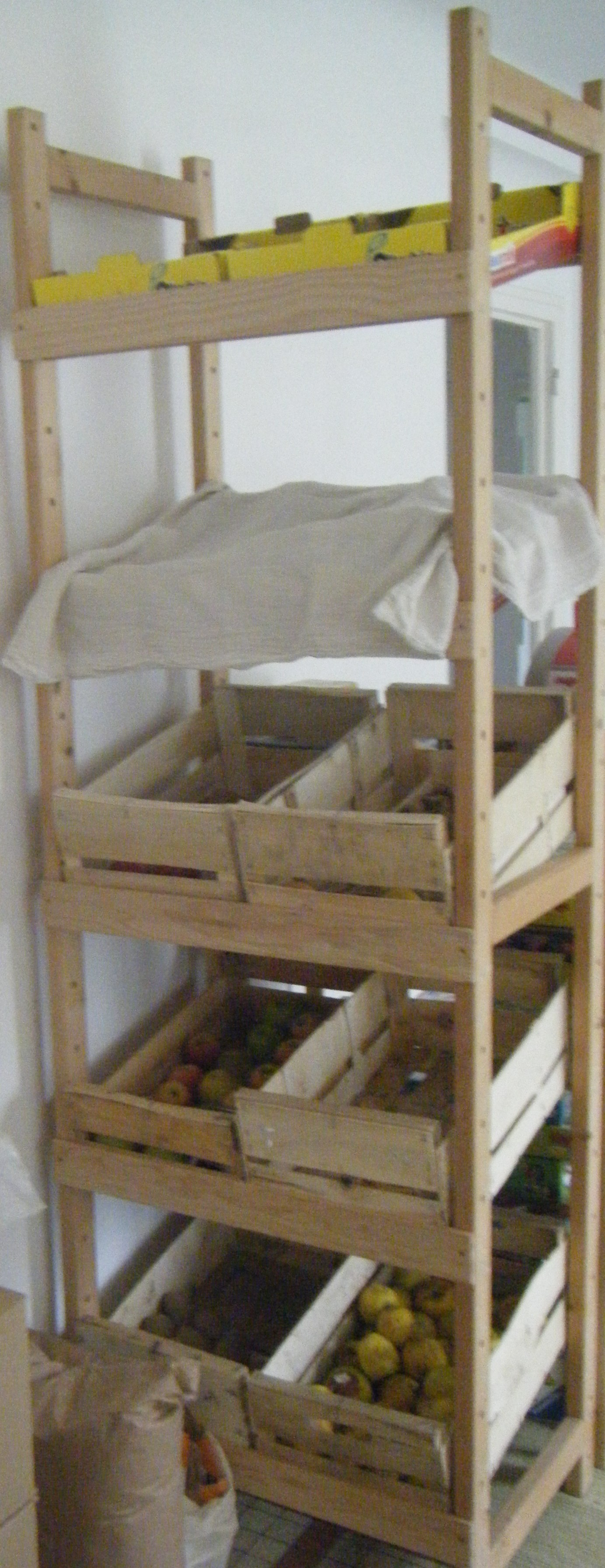 etag re fruits l gumes all gorie de la grenouille. Black Bedroom Furniture Sets. Home Design Ideas